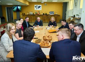 Руководители Всеволожского и Приозерского районов обсудили молодежную политику