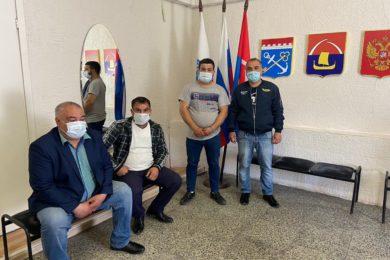 О проблемах поселения чиновники правительства говорили с жителями Лесколовского МО