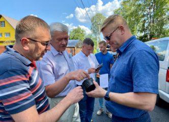 Андрей Низовский проинспектировал ремонт дорог во Всеволожске